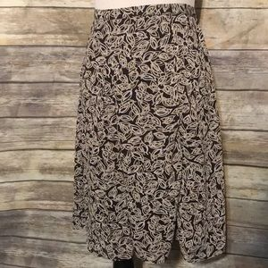 $5 SALE!! Flowy skirt